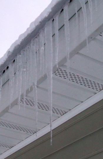 Roof Icicles 20121223