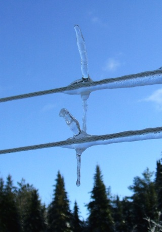 Roof Icicles 20121224i double